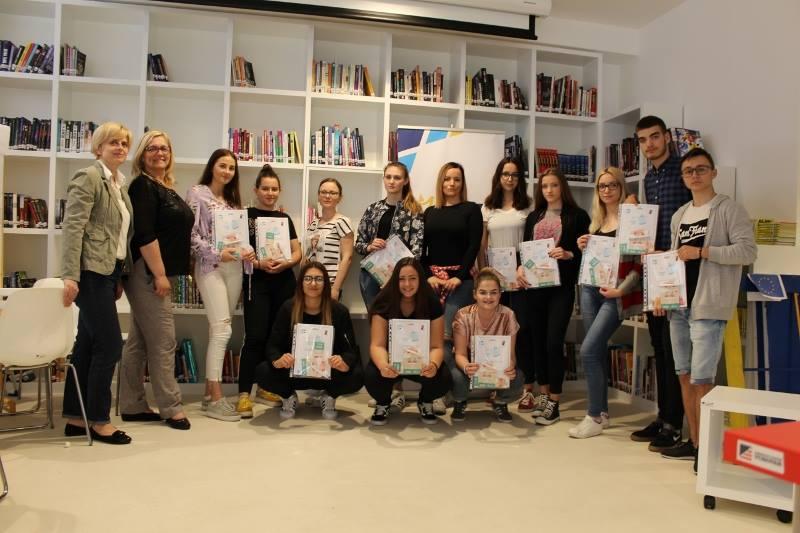 Mladi Aktivisti - Projektni Optimisti